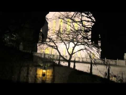 Mausoleo del Báb in notturna - YouTube
