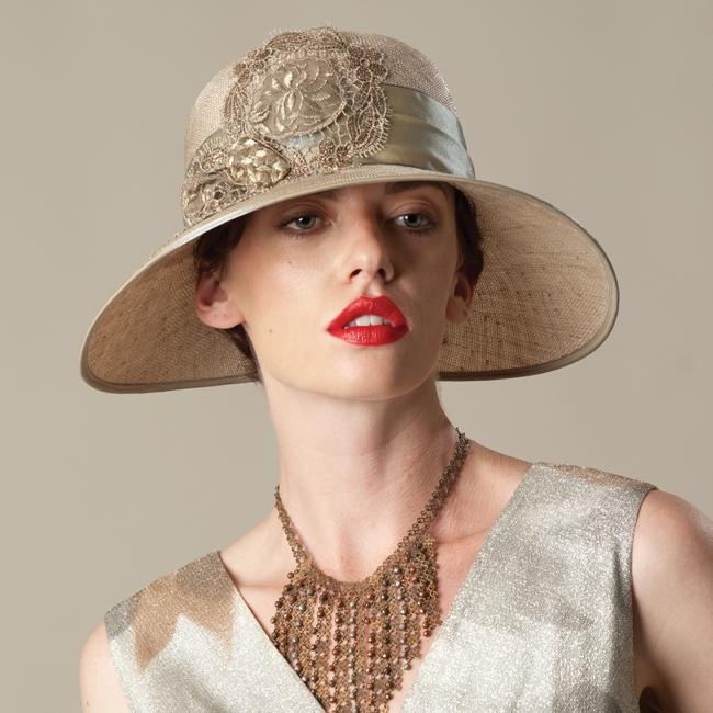 Flapper hats flappers wore cloches and like this