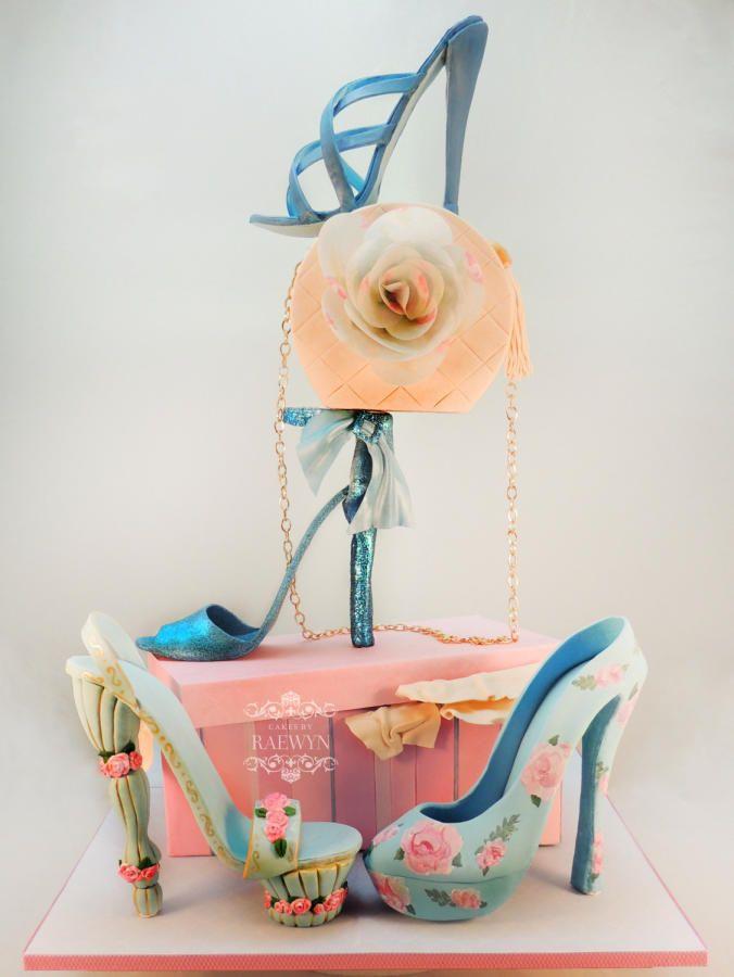 The Fashionista - Cake by Raewyn Read - Cakes by Raewyn