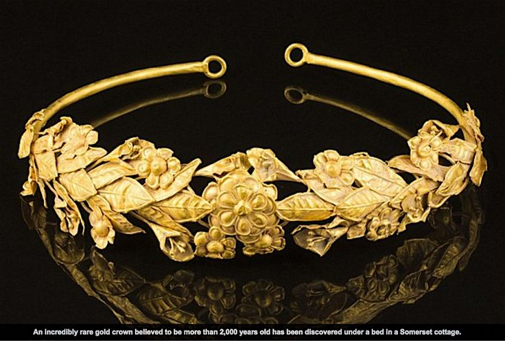 Priceless ancient Greek gold myrtle wreath found under bed in cardboard box in Somerset! 27 May 2016