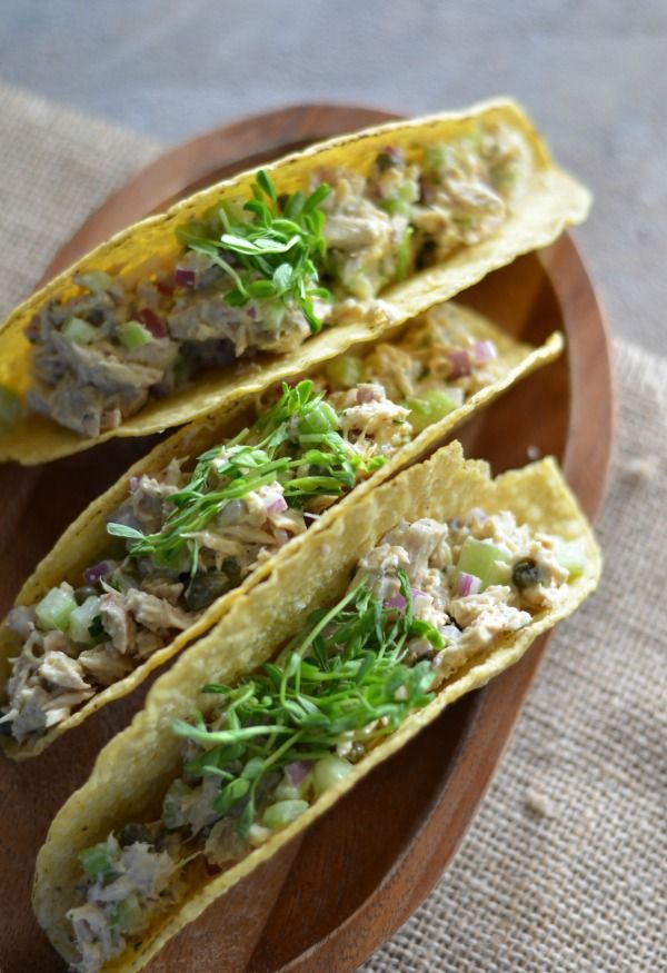 Lemon Caper Tuna Salad Tacos | mountainmamacooks.com #TacoTuesday #GlutenFree
