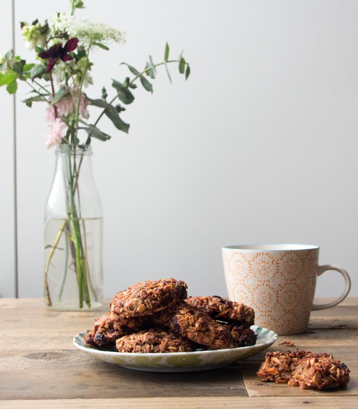 Carrot Cake Cookies | Deliciously Ella | Bloglovin