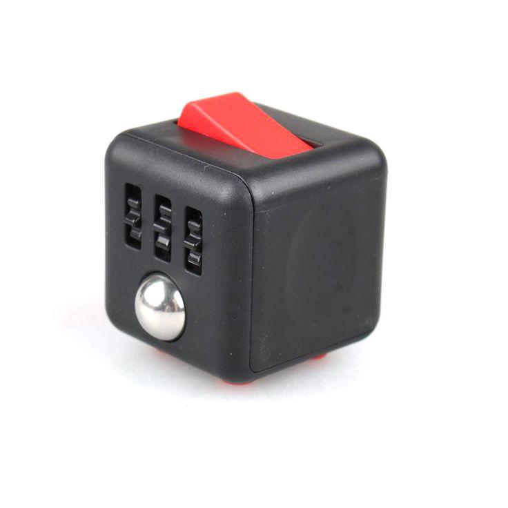 Fidget Cube bedrukken met logo. Fidget Cube relatiegeschenk SINDS >>>https://www.vanslobbe.nl/nl/product/1446544/fidget-cube