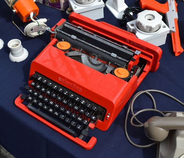 0Valentine type-writer, what a coincidence!