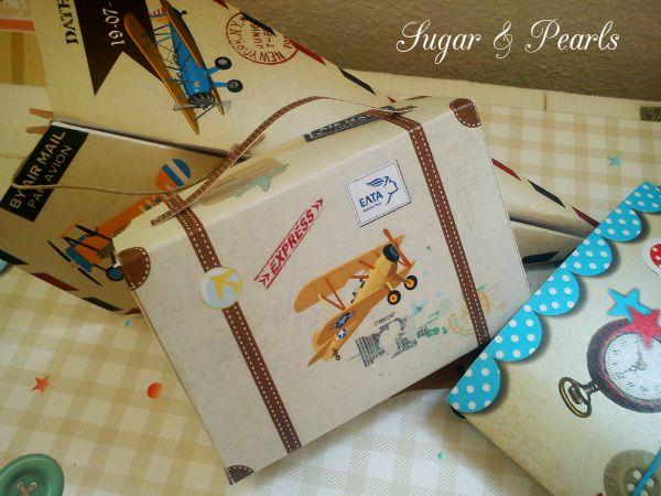 http://sugar-and-pearls.blogspot.gr/2014/04/bomboniera-valitsaki-paper.html