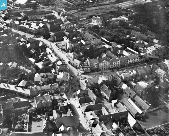 The junction of Bridge Street and the High Street, Andover, 1928