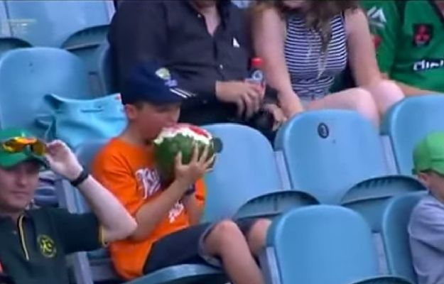This Kid Eating Watermelon in the Strangest Way Is Going Viral