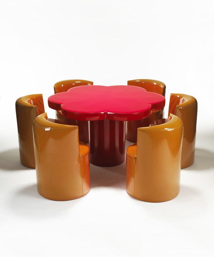 Giuseppe Raimondi & Ugo Nespolo, Margherita table and chairs, 1966. For Gufram, Italy. Photo Wright, Chicago. Via aisdesign