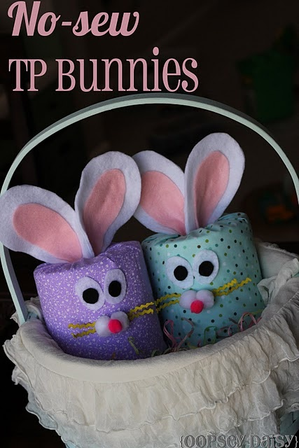 No-sew Easter bunnies made by covering rolls of toilet tissue with fabric.
