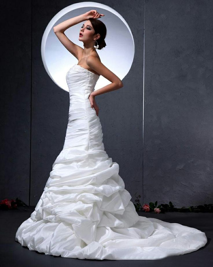 Sweetheart Ruffles Floor Length Mermaid Wedding Dress