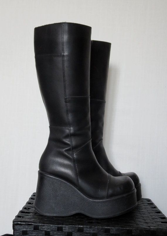 90s Wedge Platform Boots // Cyber Gothic by