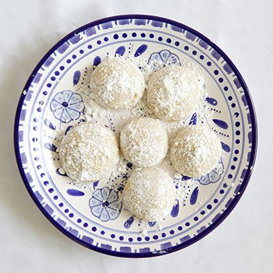 These are my absolute favorite cookies!!!! :)Recipe Box: Mexican Wedding Cookies