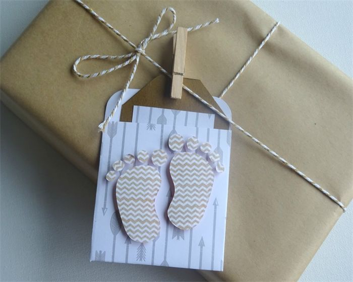 gift tag, swing tag. baby shower card. baby shower gift card. handmade tag. baby