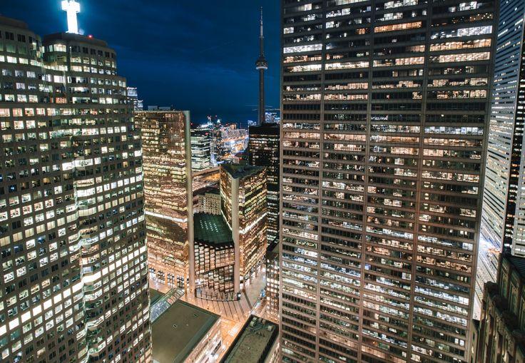 one king west Toronto [4681x3240]