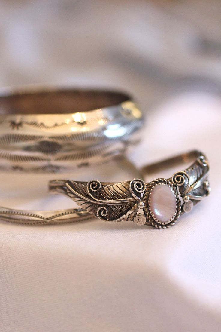 361 best navajo and zuni jewelry finds by gem for joy images on navajo bangle carinated ridge edge stamped sterling tahe native american sun ray symbols vintage southwest boho stackable beauty 17 grams buycottarizona Images