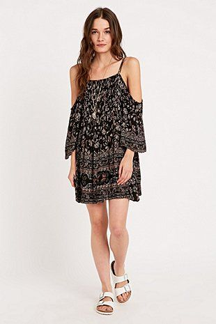Ecote Printed Cold Shoulder Dress in Black - Urban Outfitters