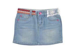 Falda tipo Jeans para niña en color azul oscuro. Detalle en crochet de colores, en la cintura.