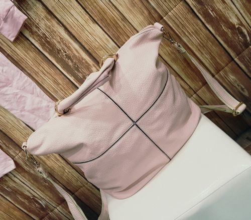 Τσάντα - σακίδιο πλάτης  http://handmadecollectionqueens.com/τσαντα-σακιδιο-πλατης  #fashion #women #accessories #bag #shoulderbag #storiesforqueens