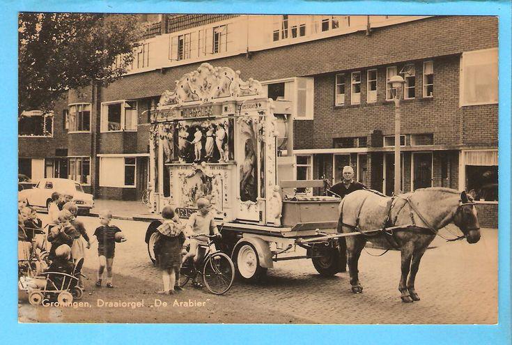 """Groningen-draaiorgel """"De Arabier""""op het Bernouilleplein"""