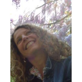 laurence ries image consulting -  Spécialisée en gestion du stress et des troubles émotionnels, développement personnel global depuis 2006, pour Adultes, Ados, Enfants en individuel, en groupe, en famille et aussi en entreprise ... http://www.sefaireaider.com/sante/sophrologue/ile-de-france/paris/75015-paris-15/prestation-1561005.html