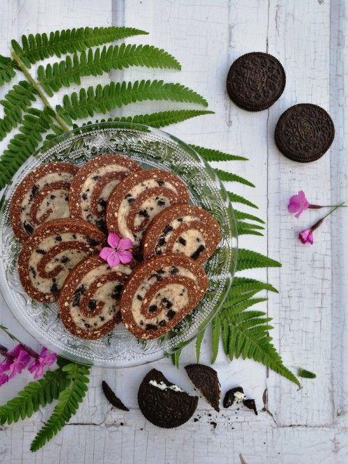 Oreokrémes keksztekercs recept