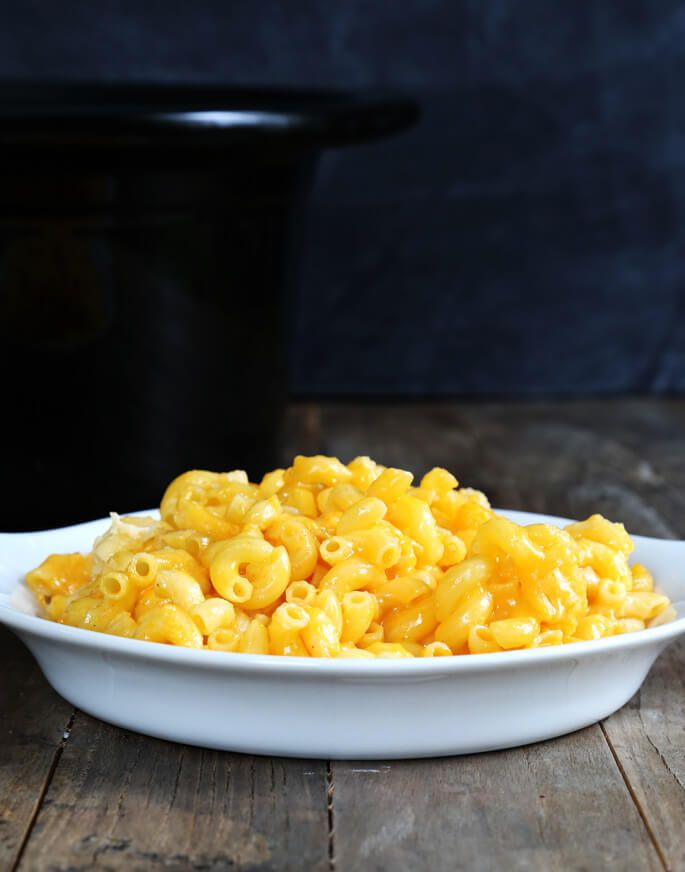 Slow Cooker Gluten Free Macaroni and Cheese
