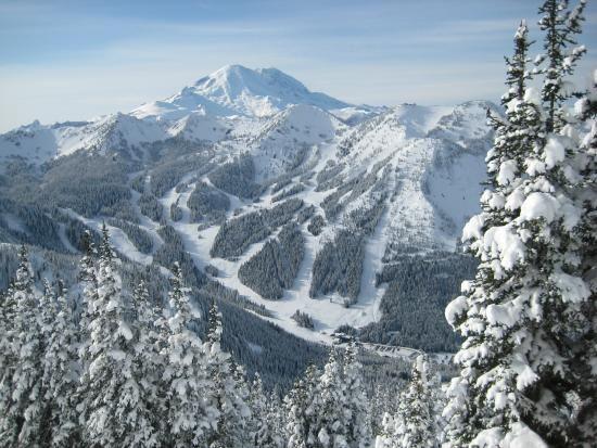 Crystal Mountain Resort: SNOWBOARDING