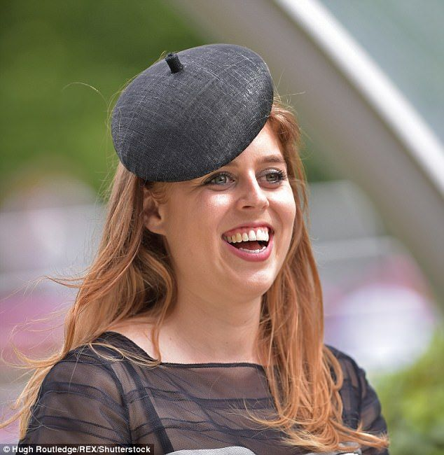 Beatrice Best: 224 Best Images About Hats. Princesas Eugenia Y Beatriz On