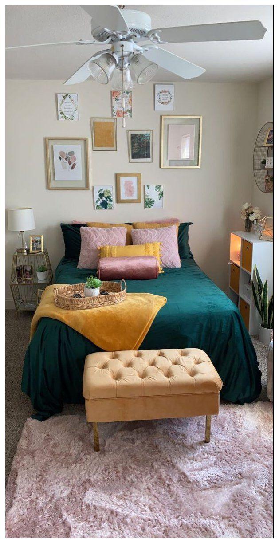 50+ Emerald green bedroom decor trends