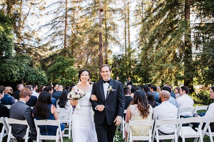 forest green wedding | photo: rhea ashlynn (rheaashlynnphotography.com) | makeup & hair: denise at kelly zhang studio (kellyzhang.com) #kellyzhang kellyzhangstudio #rheaashlynn #rheaashlynnphoto #makeup #hair #wedding #bride #bridal #forest #green #camp #makeup #naturalsmokey #rusticsmokey #updo #romantic #classic #clean #matte
