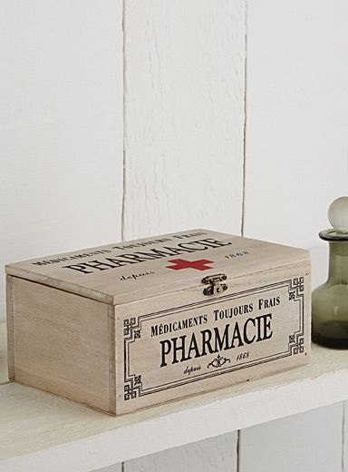 "The little apothecary box with inscriptions painted in bright accent black and red Perfect for organizing your first aid kit or small practical items in the bathroom Hinged cover and small latch in accent antique gold 8.5"" x 5.5"" x 4"""