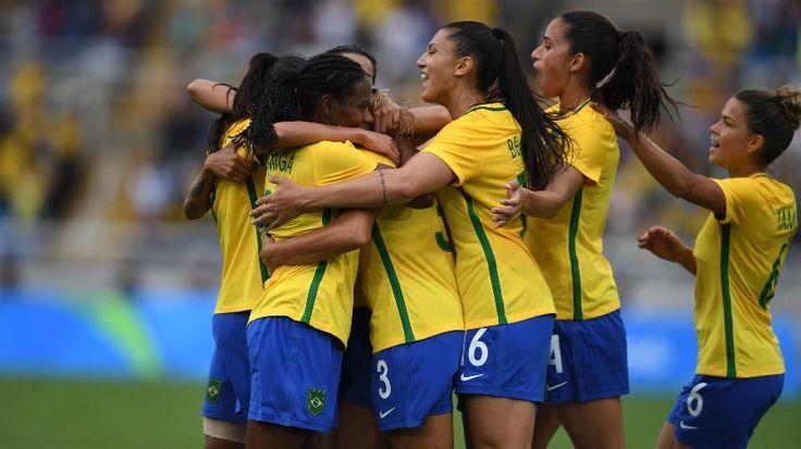 Brasil sobra em campo e estreia com vitória no futebol feminino na Rio-2016 - 03/08/2016 - UOL Olimpíadas