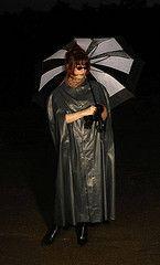 Kleppercape (mobolo14) Tags: umbrella regenschirm klepper raincape regenmantel kleppermantel regenmode kleppercape rainfashion rainclothe