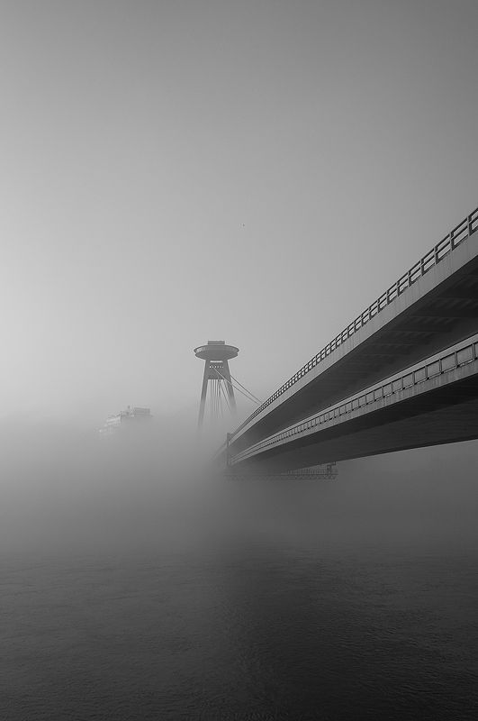 Misty morning by the New bridge by Guitarman , via 500px