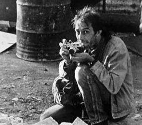 Kevin Carter a Famous Photographer (1960 -1994) Born in Johannesburg, Carter was an award-winning South African photojournalist.