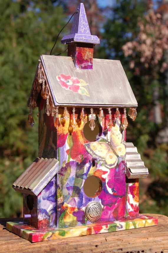 Decorative Beaded Birdhouse by TheVelvetRobyn on Etsy, $65.00  http://www.thevelvetrobyn.com