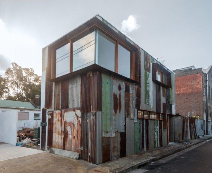 Tin Shed in Sydney by Rafaello Rosselli | Remodelista...after
