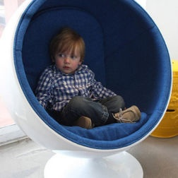 Cool Kids Chair Different Color But Cool
