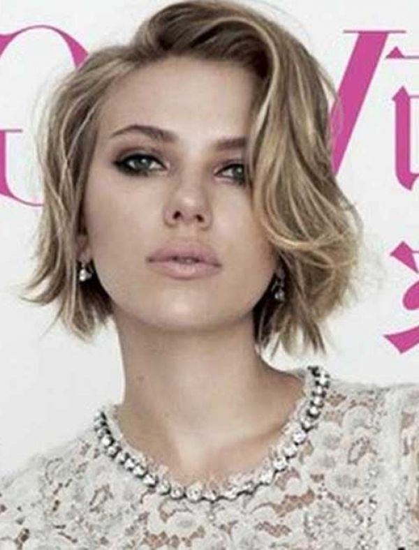 Scarlett Johansson Short Bob Square Face Hairstyles Haircuts For Wavy Hair Square Face Short Hair