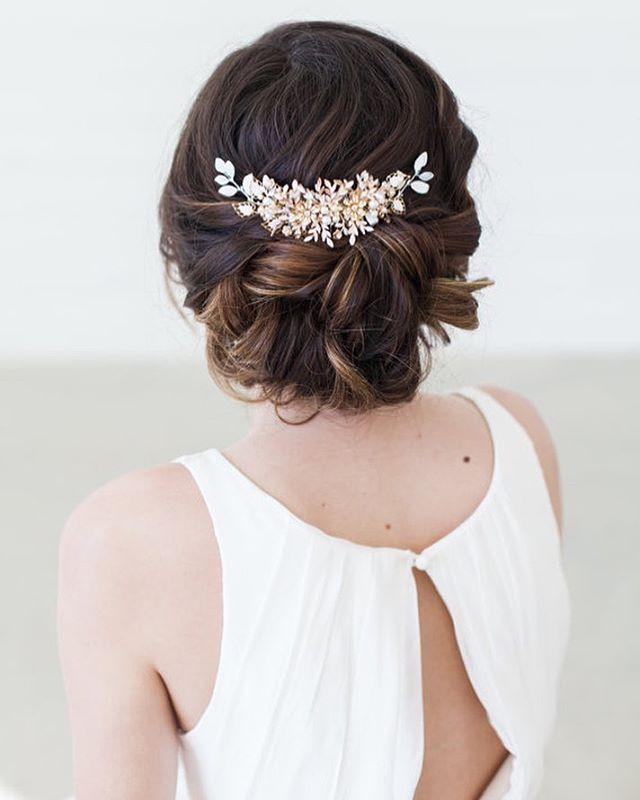 """24 Me gusta, 1 comentarios - Penteados Beleza Para Noivas (@noivasdream) en Instagram: """"Lindo não é? Inspiração para make de noivas, pele perfeita olhos destacados e o tradicional batom…"""""""