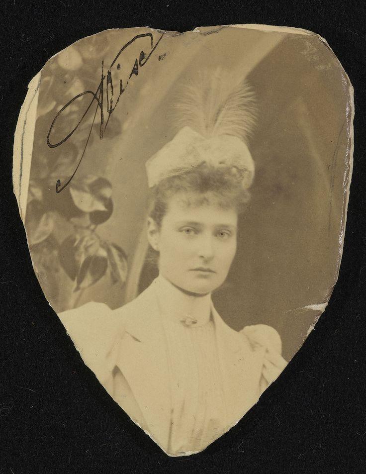 1894.  Принцесса Виктория Алиса Елена Луиза Беатриса Гессен-Дармштадтская