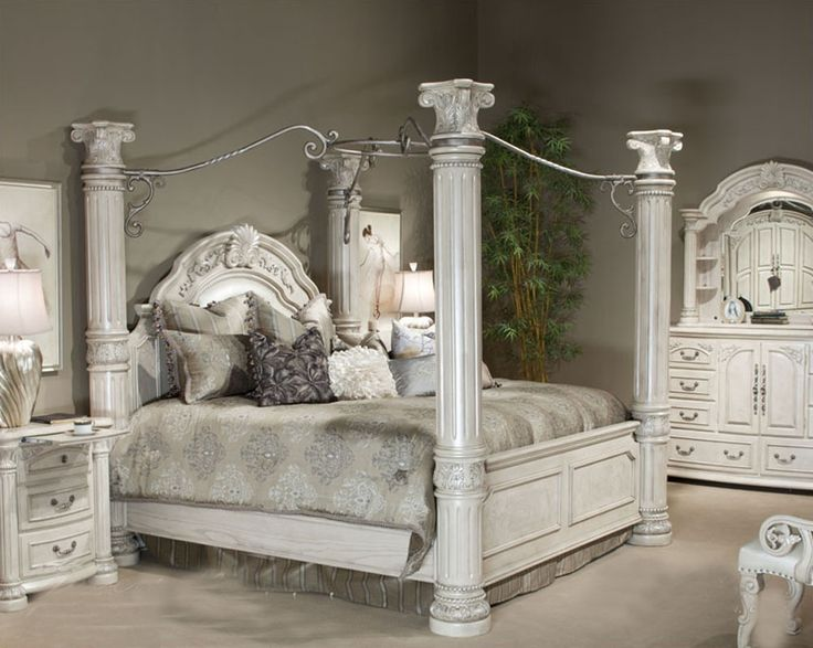 Monte Carlo Poster Canopy Bedroom Set
