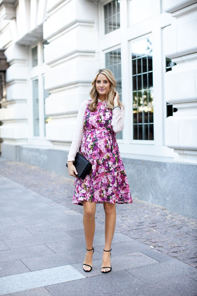 In full bloom #maternitystyle #maternityfashion #stylishpregnancy: