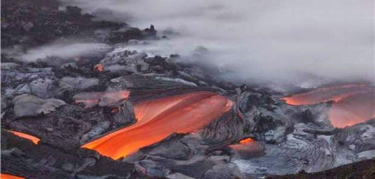 EPIRUS TV NEWS: (ΚΟΣΜΟΣ)Καυτή λάβα κατακαίει το Μεγάλο Νησί της Χα...