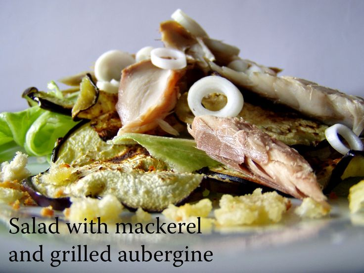 TynaTyna: Salad with mackerel and grilled aubergine