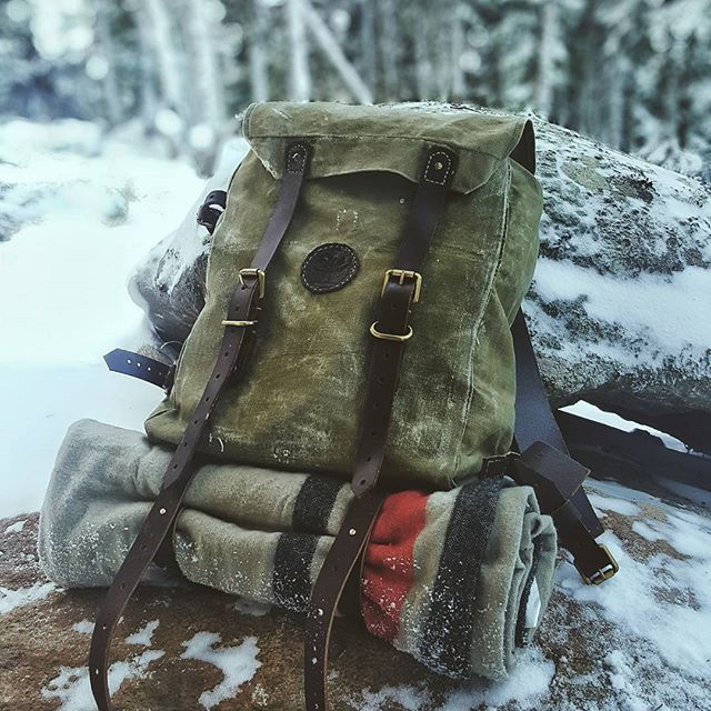 If you wanna have a #canvasleatherbag you have to do it yourself 🚀🚀 #bushcraft #wildcamping #survival #camping #camp #instanature #outdoors #adventure #hiking #forest #modernoutdoorsman #wood #woodsman #liveauthentic #modernnature #naturelover #backpacking #nature_seekers #wilderness #getoutside #campvibes #menofoutdoors #ig_turkey #bushcrafter #knife #natureaddict #bushcrafting #bushcraftusa #leatherbag