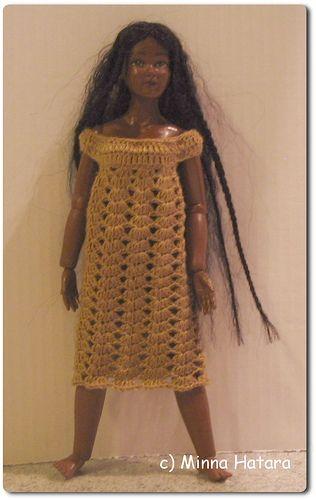 Minna's Miniatures: Gold dress