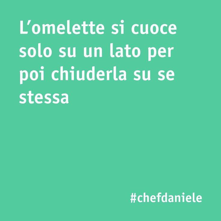 Volete preparare una deliziosa omelette? Seguite il nostro tips!  -  #omelette #chefincamicia #noifacciamocosi #food #foodie #yummy #foodgram #foodporn #instafood #chef #cucinaitaliana #chef