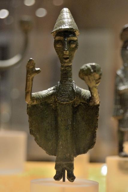 Nuragic votive figurines - Priest-Sorcerer    Bronzes of the Nuragic age    National Archeological Museum - Cagliari