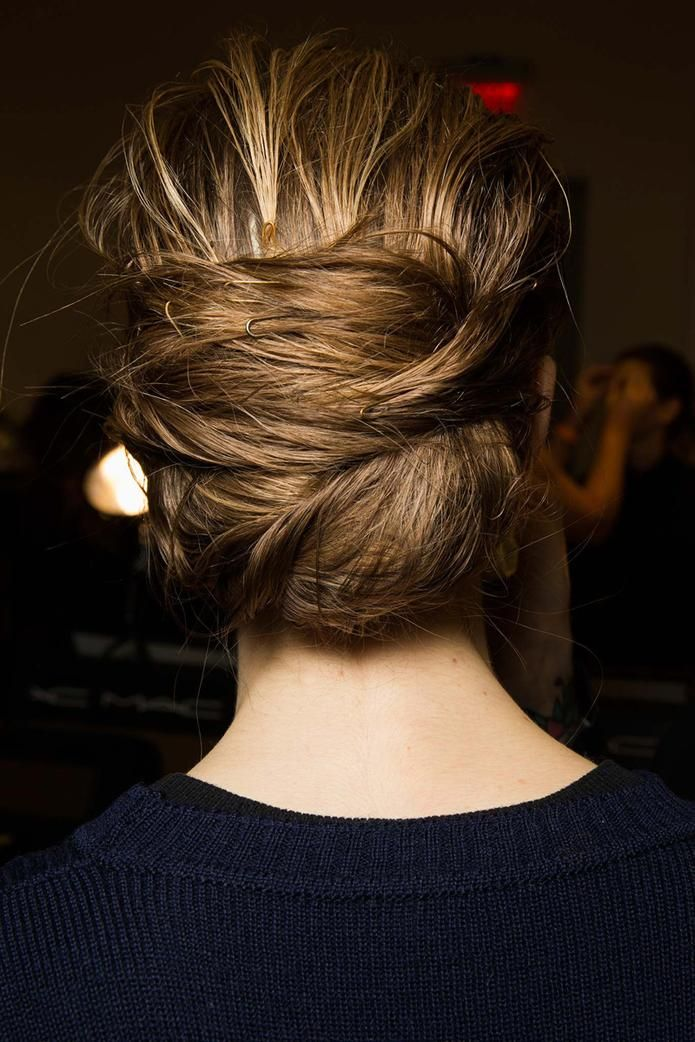 Messy Pinned Updo at Altuzarra Fall 2015 #nyfw